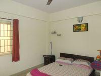 12A8U00195: Bedroom 3