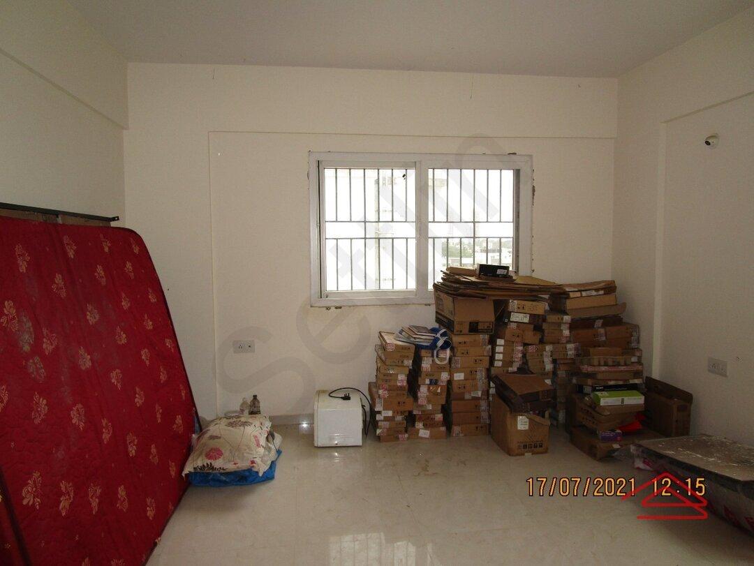 15J7U00140: Bedroom 1