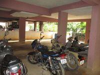 10J7U00271: parking 1