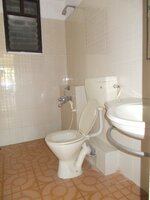 14M3U00167: Bathroom 2
