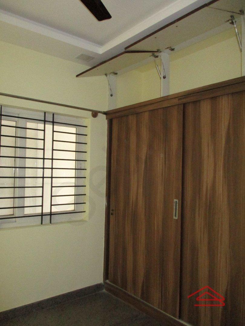 15S9U00627: Bedroom 1