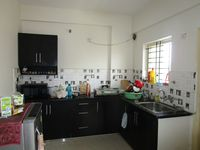 13M5U00678: Kitchen 1