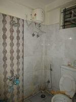13J1U00251: Bathroom 2