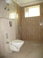 12J6U00541: Bathroom 3