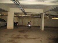 12J6U00541: parkings 1