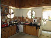 309: Kitchen