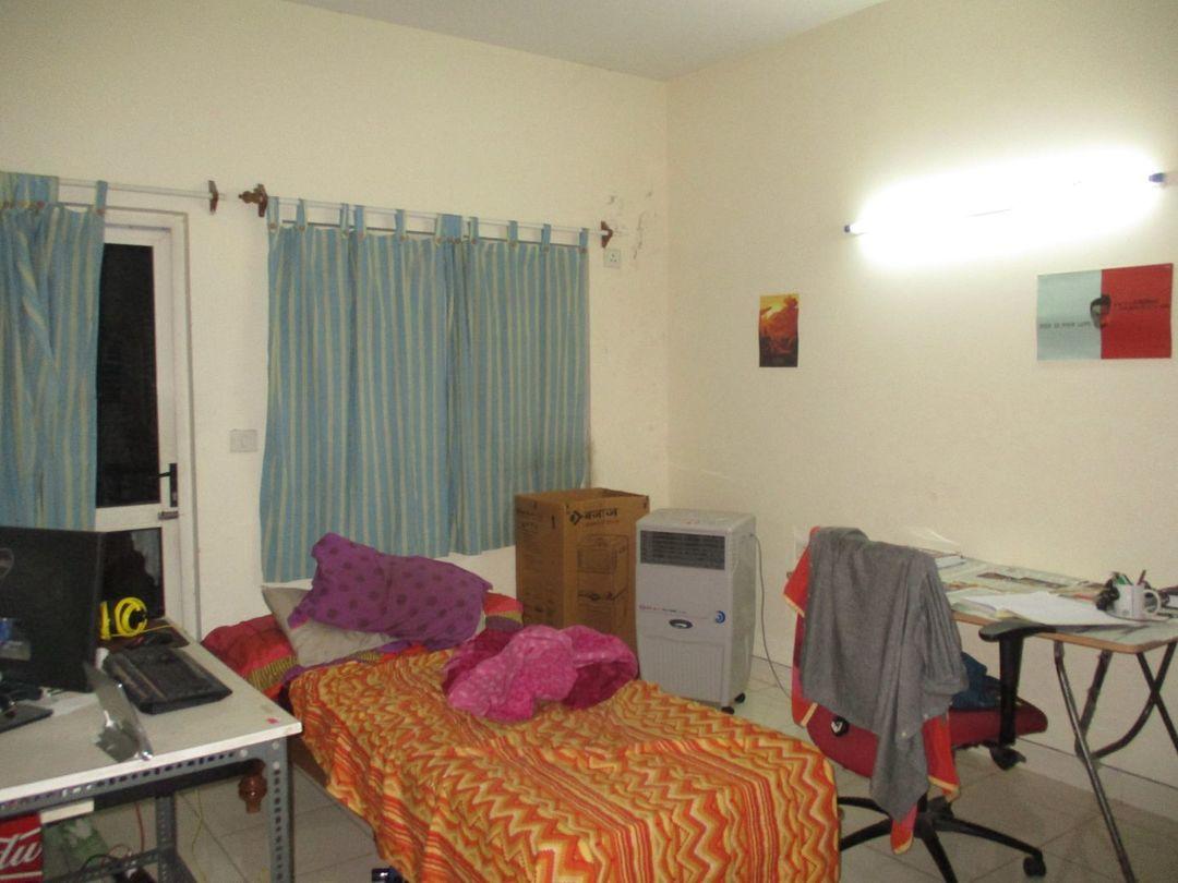 10A8U00202: Bedroom 1