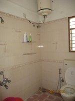 13DCU00522: Bathroom 2
