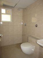 13J7U00217: Bathroom 2