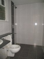 14J6U00273: Bathroom 2