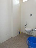 13J1U00078: Bathroom 1
