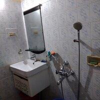 15S9U00145: Bathroom 2