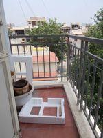 13M5U00590: Balcony 2