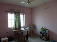 13M5U00590: Bedroom 3