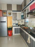 13M5U00590: Kitchen 1
