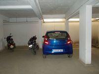 13M5U00590: parking 1
