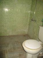13F2U00323: Bathroom 1