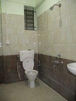 14M3U00303: Bathroom 2
