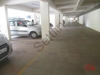 11J1U00359: Parking