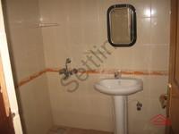 10F2U00032: Bathroom 3