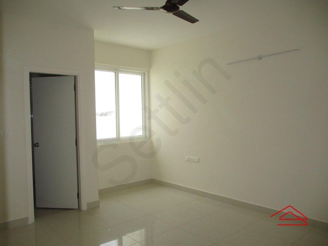 15A4U00101: Bedroom 1