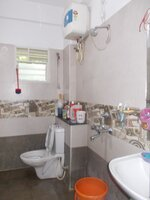 14OAU00172: Bathroom 2
