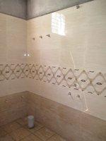 14J6U00368: Bathroom 1