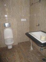 14J1U00266: Bathroom 1