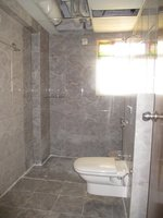 14J1U00266: Bathroom 3