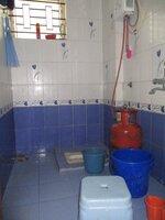 15S9U00919: Bathroom 1