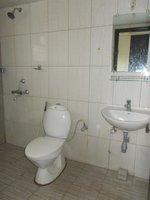 13NBU00245: Bathroom 1