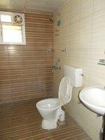 13NBU00245: Bathroom 2