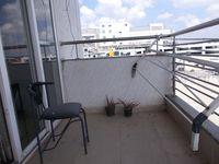 11NBU00288: Balcony 4