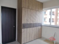 12J7U00032: Bedroom 1