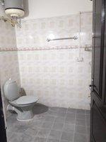 14A8U00012: bathrooms 2