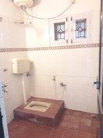 14A8U00012: bathrooms 1