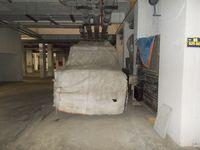 13J1U00186: parking 1