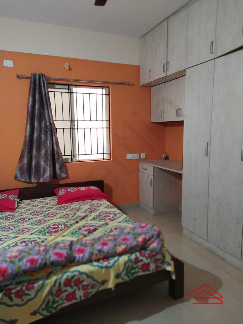 14NBU00012: Bedroom 1