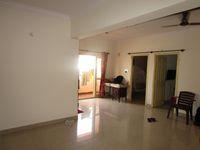 13M5U00318: Hall 1