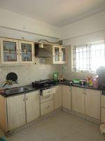 13M5U00318: Kitchen 1