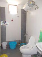 13M3U00335: Bathroom 1