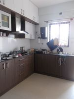 13M3U00335: Kitchen 1