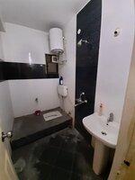 15J1U00240: Bathroom 2
