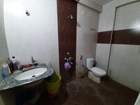 15J1U00240: Bathroom 1