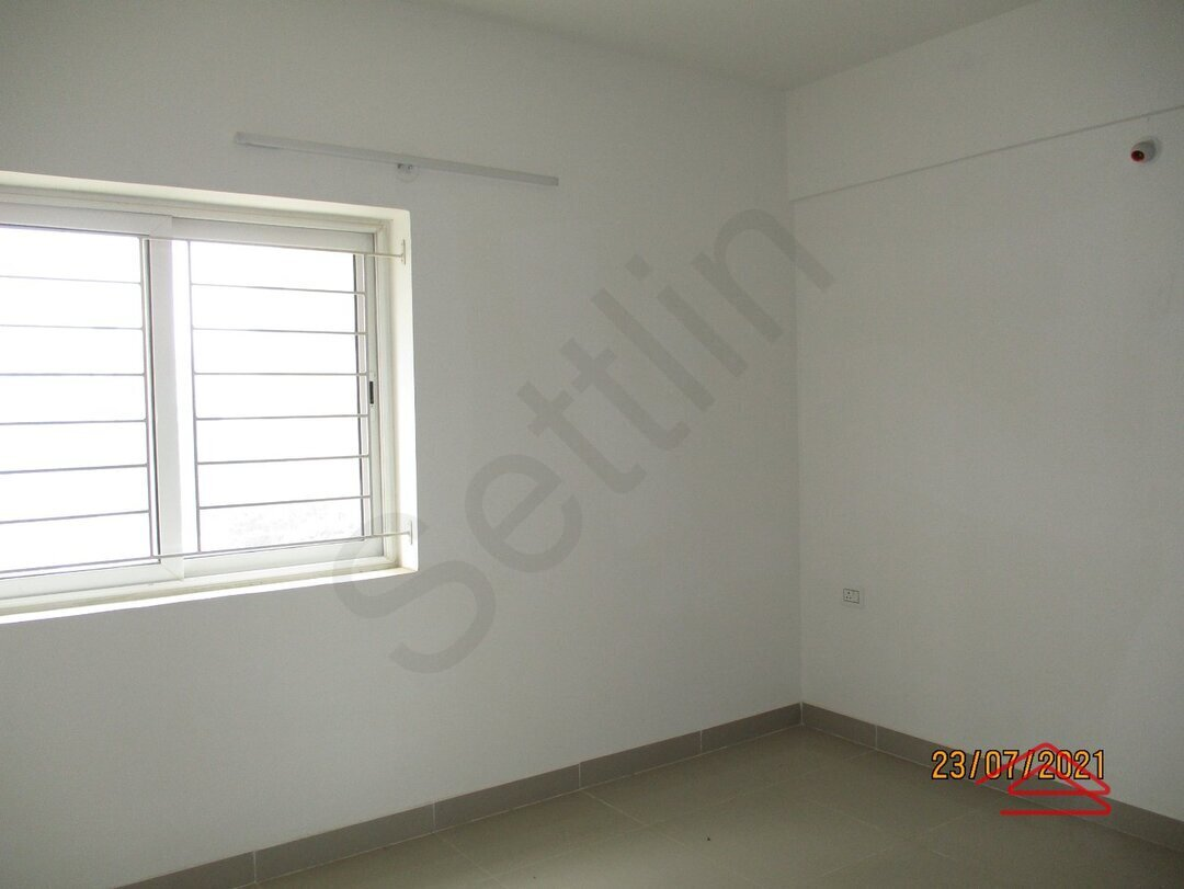 15J7U00286: Bedroom 1