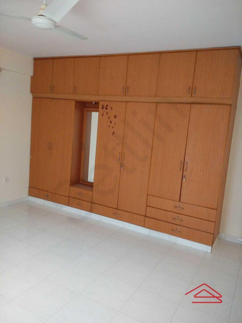 13F2U00352: Bedroom 1