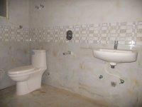 13OAU00262: Bathroom 1