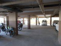 12OAU00151: parking 1