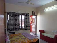 13M3U00319: Bedroom 2
