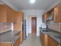 13S9U00247: Kitchen 1